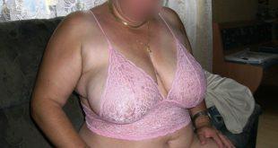 plan cul avec femme forte poitrine