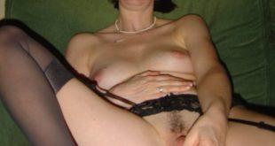 femme godeuse